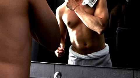 Comment supprimer les poils des épaules et du dos
